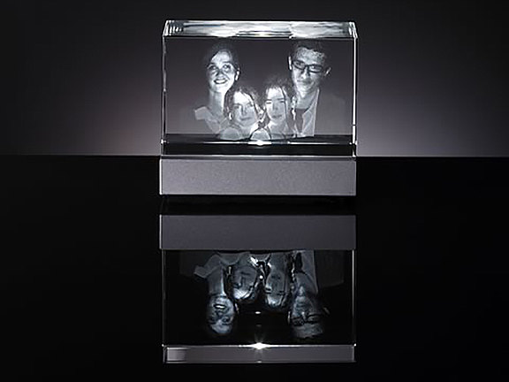 Familienportrait in Glas